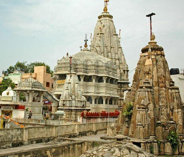 Cheap Udaipur tour Packages